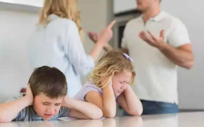 сколько платить алиментов на двоих детей