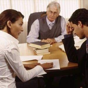 Как подавать заявление на развод в суд и в ЗАГС