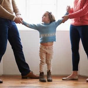 Порядок определения места жительства ребенка при разводе родителей