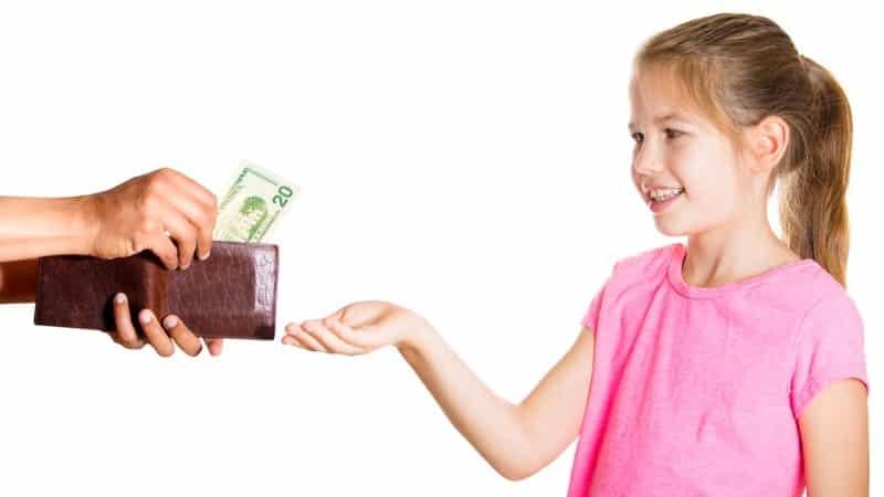 Какой максимальный процент удержанных с заработной платы алиментов